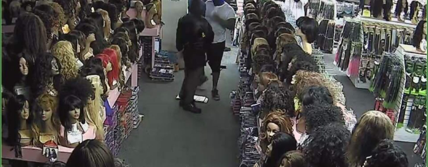 Blacks NOW Robbing Beauty Supply Stores As Others Suffer Through Hurricane Harvey In Houston TX! (Video)