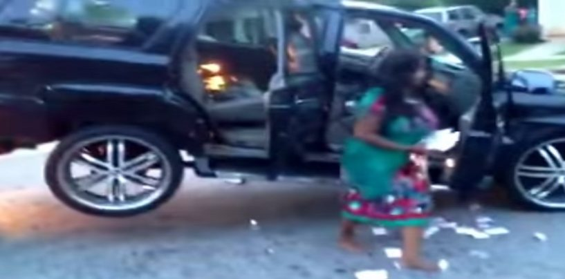 Hoodrat Black Chick Destroys Car As It Is Being Repoed Yet Yall Call These People Queens! (Live Broadcast)