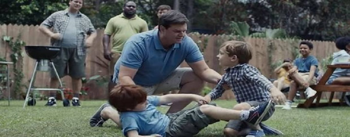 Gillette Toxic Masculinity Commercial Leads To Mass Boycotting Of Their Product By Men! (Live Editorial)