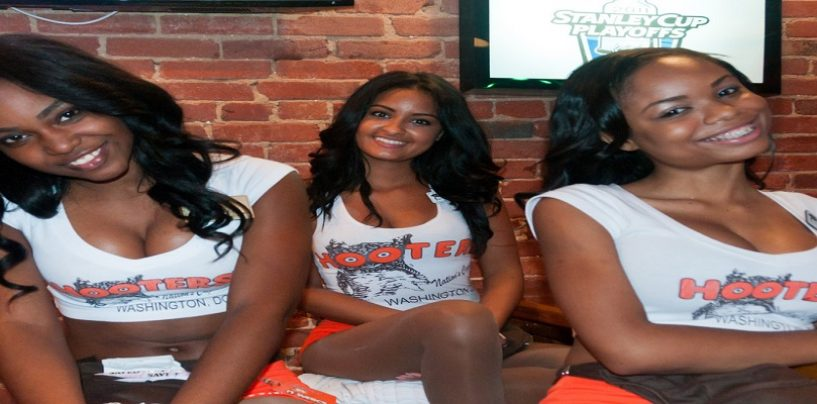 After Going Viral On WorldStar For His Hooters Video, Do U Think Tommy Sotomayor's Actions Were Wrong? (Live Broadcast)