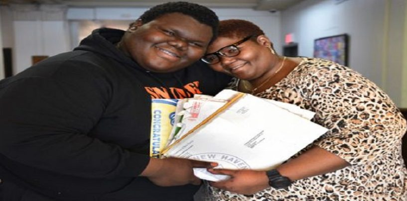 Homeless New Jersey Teen Overcomes Single Moms Carelessness & Gets Accepted Into 17 Colleges! (Video)