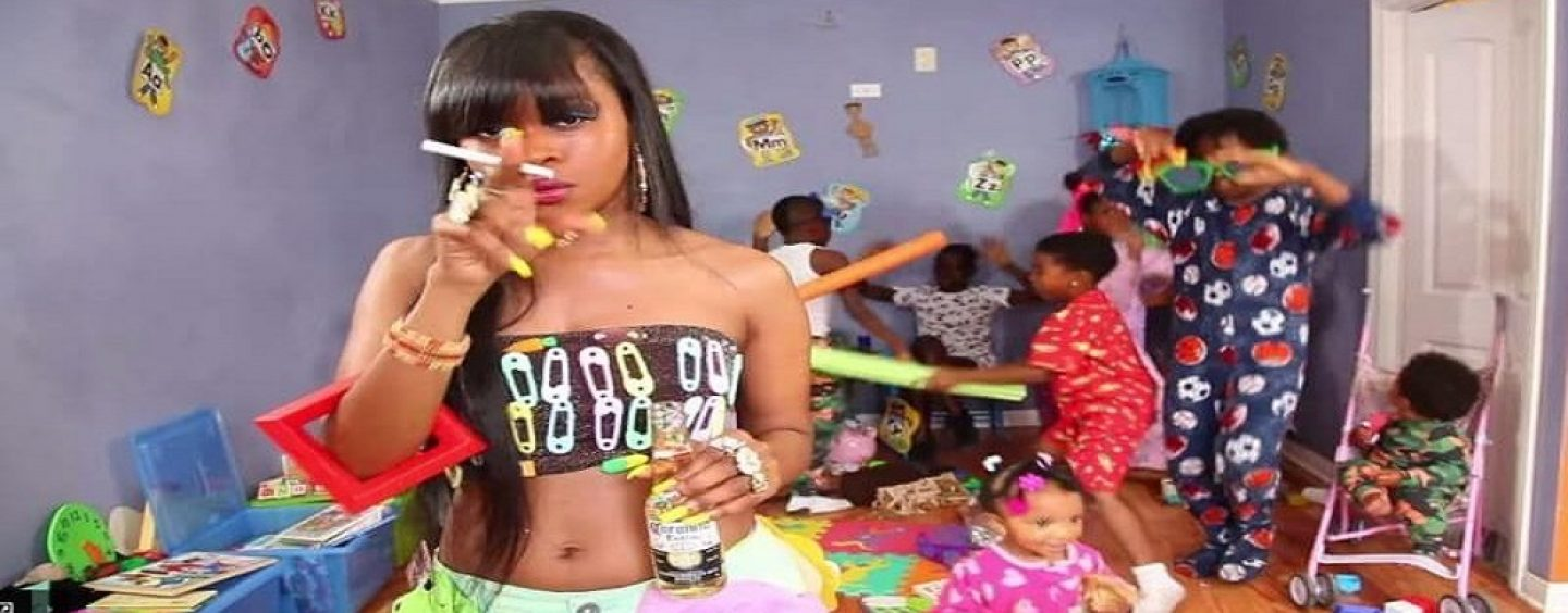 Hoodrat Welfare Queen Explains How Society & Everyone Else Has Failed Single Moms But Themselves! (Live Broadcast)