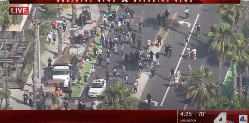 BREAKING NEWS! Huge Crowds Of People Looting Stores In Santa Monica CA! (Live Broadcasting)