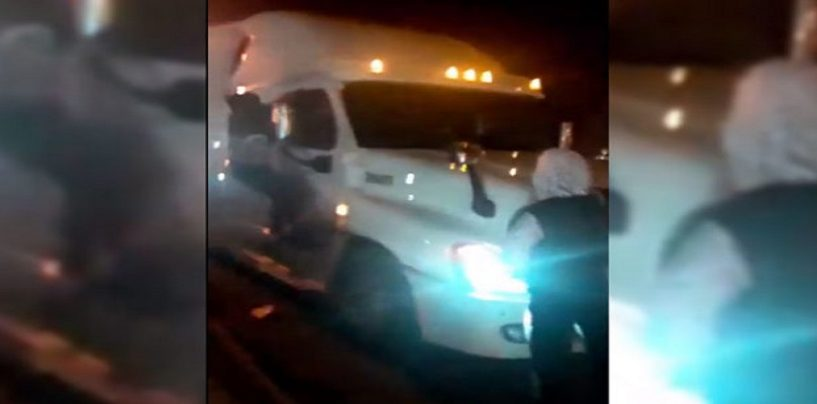 St. Louis Looter Trying To Rob Fed Ex Truck End Up Getting Dragged & Killed By Semi! (Video)
